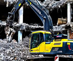 A demolition excavator puzzle