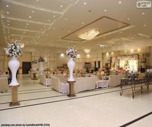 A great wedding hall puzzle