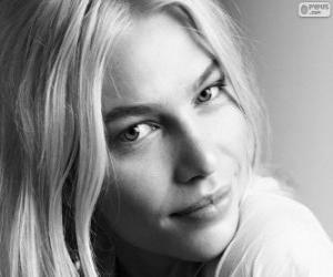 Aline Weber, Brazilian model puzzle