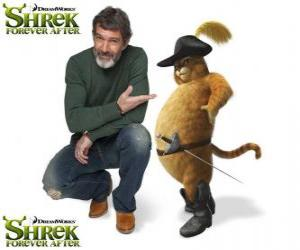 Antonio Banderas provides the voice of Puss in Boots in the latest film Shrek Forever After puzzle