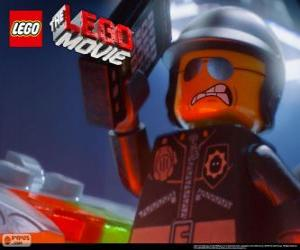Bad Cop, the police officer of the Lego movie puzzle