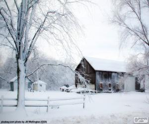 Barn in winter puzzle