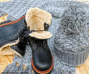 Black winter boots puzzle