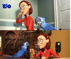 Blu along with his mistress Linda, in the film Rio puzzle
