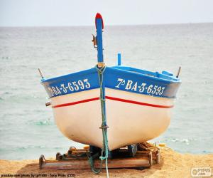 Boat grounding on the beach puzzle
