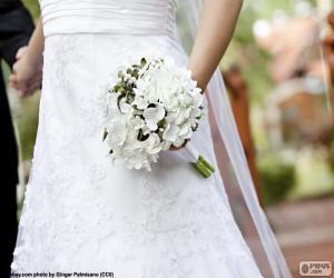 Bride with bouquet puzzle