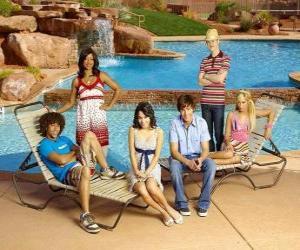 Chad (Corbin Bleu), Taylor (Monique Coleman), Gabriella Montez (Vanessa Hudgens), Troy Bolton (Zac Efron), Ryan Evans (Lucas Grabeel), Sharpay Evans (Ashley Tisdale) beside the pool puzzle