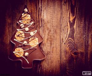 Chocolate christmas tree puzzle