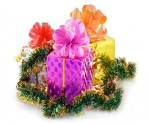 Christmas gifts in different boxes with ribbons puzzle