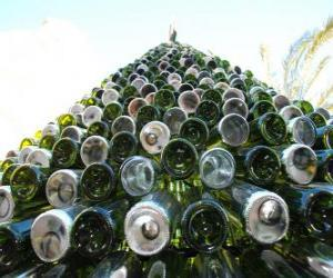 Christmas tree made of 5,000 recycled bottles puzzle