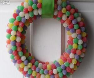 Christmas wreath candies puzzle