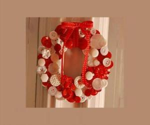 Christmas wreath made with buttons and a red bow puzzle