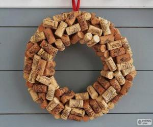 Christmas wreath made with corks puzzle