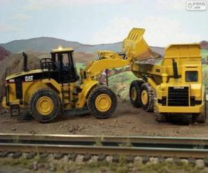 Construction vehicles working puzzle