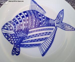 Decorated plate puzzle