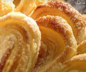 Ears of puff pastry puzzle