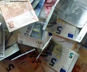 Euro banknotes puzzle