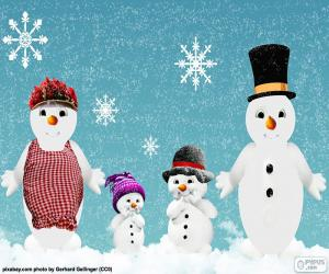 Family of snowmen puzzle