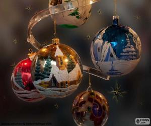 Five Christmas balls puzzle