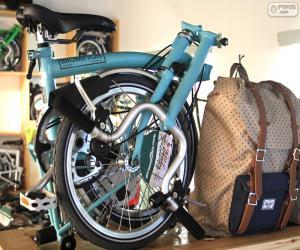 Folding bicycle puzzle