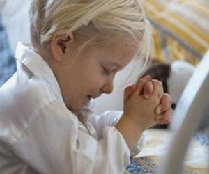 Girl praying with her hands in prayer puzzle
