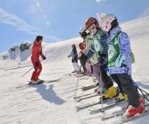 Group of children to the ski instructor puzzle