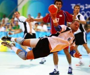 Handball - Player in a launch puzzle