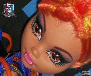 Howleen Wolf, Clawdeen's sister puzzle