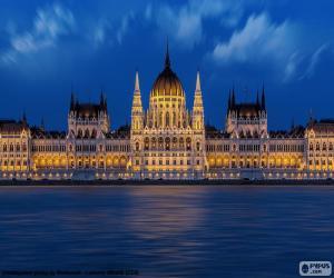 Hungarian Parliament Building puzzle
