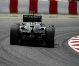Jarno Trulli - Lotus - Barcelona 2010 puzzle