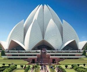 Lotus Temple, Bahá'í House of Worship in Delhi, India puzzle