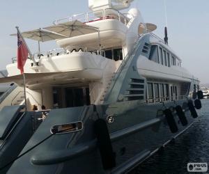 Luxury yacht puzzle