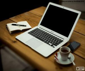 MacBook Air puzzle