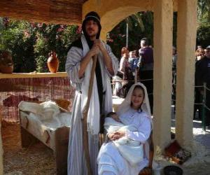 Mary, Joseph and baby Jesus in the manger living puzzle