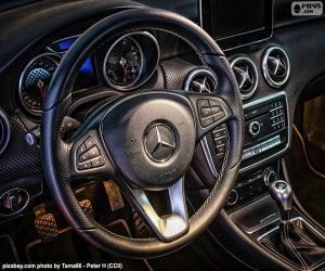 Mercedes-Benz steering wheel puzzle