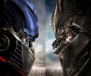 Optimus vs Megatron puzzle