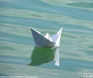 Paper boat puzzle