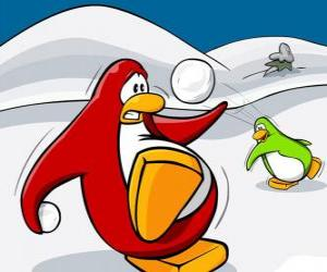 Penguins fighting a war of snow at the Club Penguin puzzle