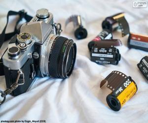 Photographic camera reflex puzzle