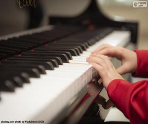 Playing the piano puzzle