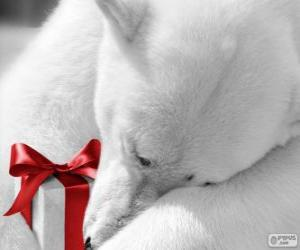 Polar bear with a gift puzzle
