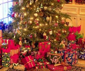 Presents under the Christmas tree puzzle