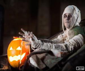 Pumpkin and Mummy, Halloween puzzle