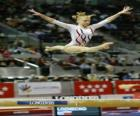 Artistic gymnastics - Exercise in the balance beam