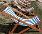 Deckchair folding