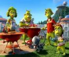 Planet 51's family stunned by the presence of a stranger who happens to be Chuck