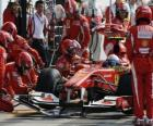 Fernando Alonso in the pits - Ferrari - Monza 2010