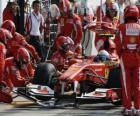Fernando Alonso in the pits - Ferrari - Monza 2010