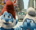 Papa Smurf and Clumsy Smurf, the streets of Manhattan. - The Smurfs Movie -