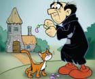 The evil warlock Gargamel and his cat Azrael, the enemies of the Smurfs